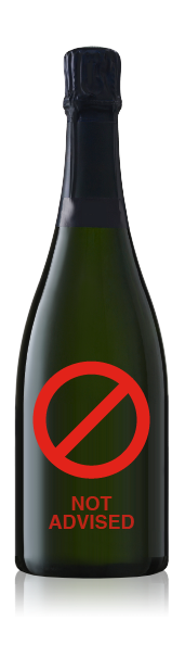 Champagne bottle with no label. CrushTag does not advise to apply an oval label set with necker to this type of bottle.